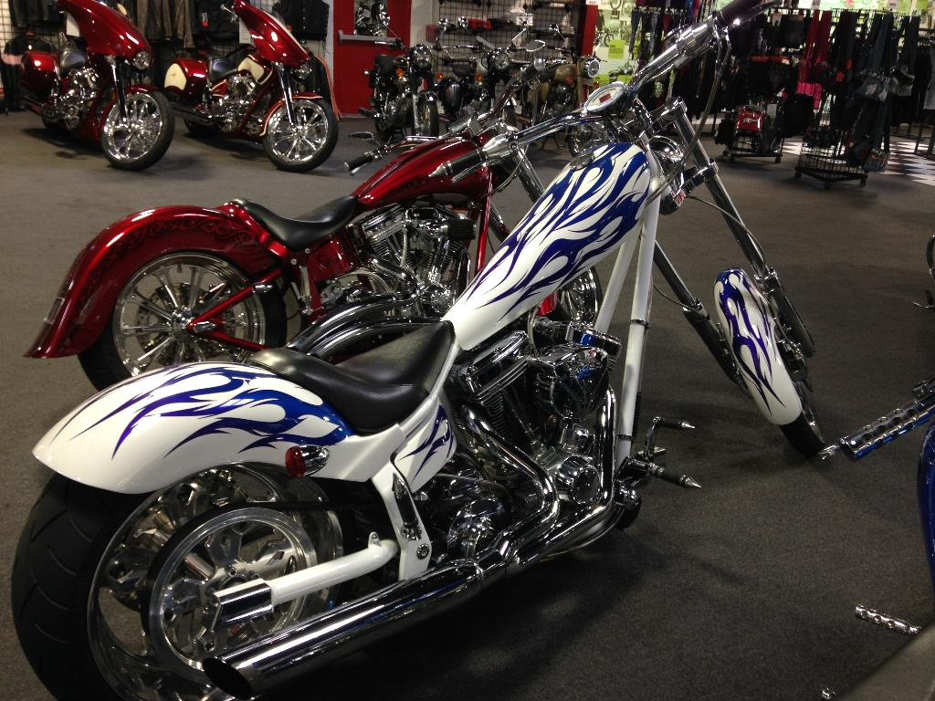 See more photos for this American Ironhorse Texas Chopper, 2005 motorcycle listing