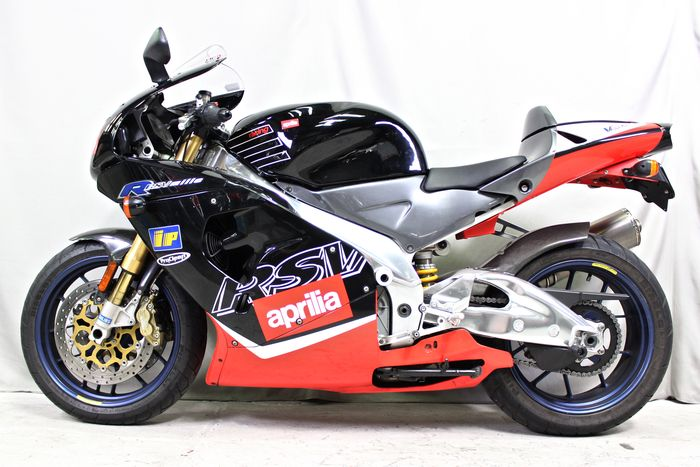 See more photos for this Aprilia RSVR, 2000 motorcycle listing