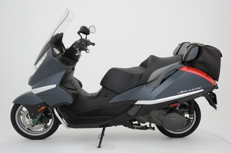 See more photos for this Aprilia Atlantic 500, 2004 motorcycle listing
