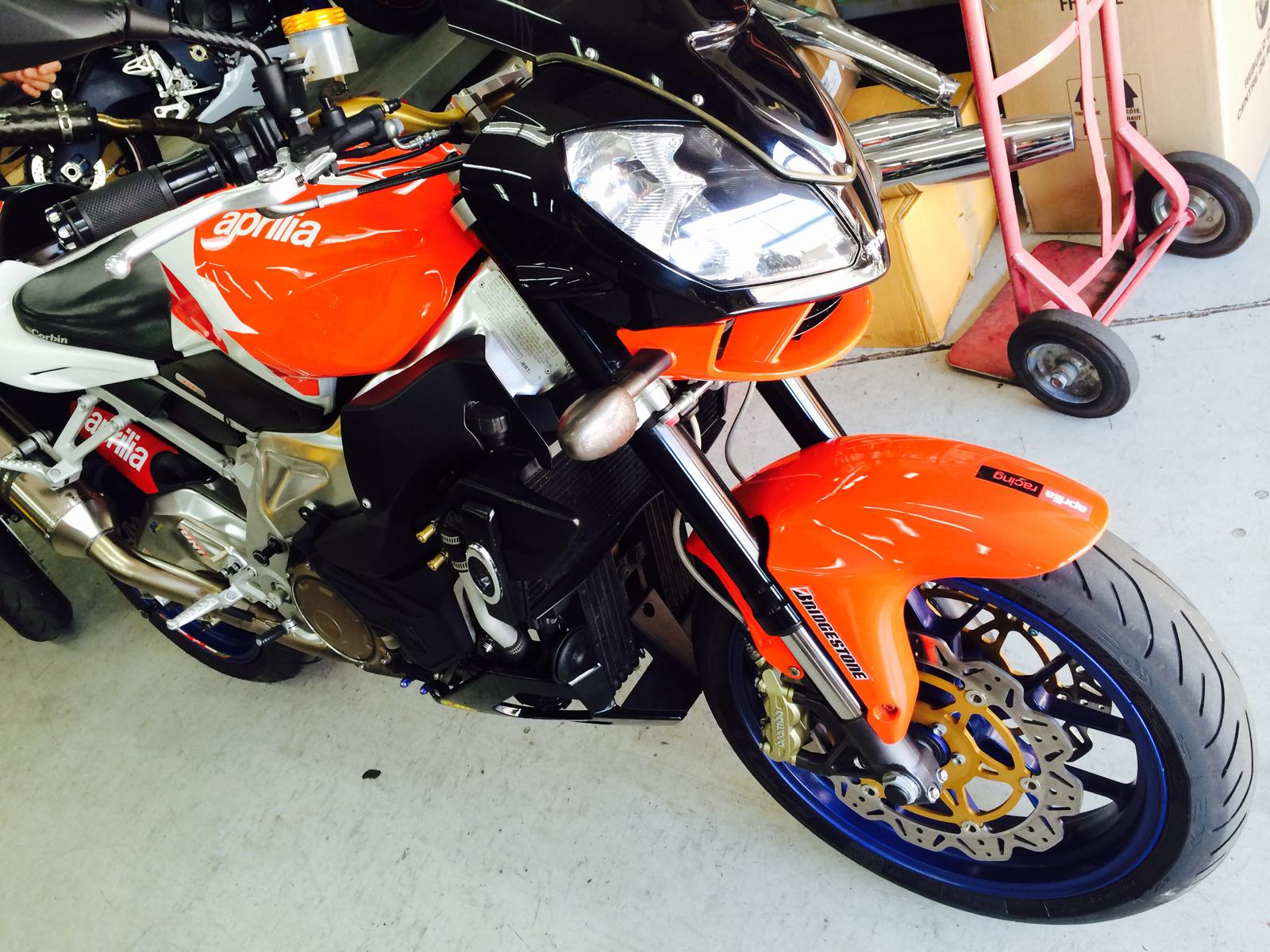 See more photos for this Aprilia TUONO 1000R, 2007 motorcycle listing