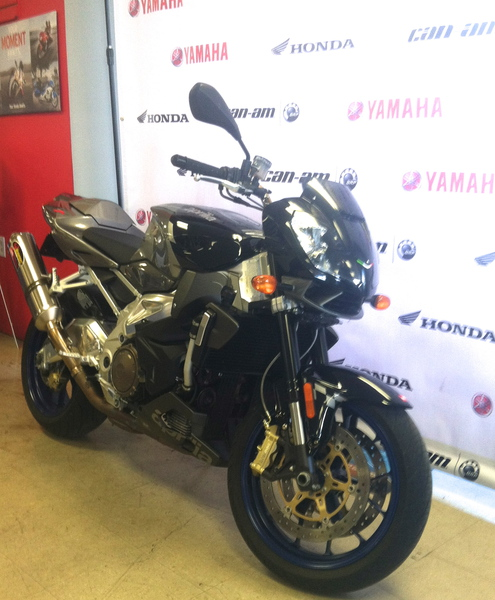 See more photos for this Aprilia Tuono 1000 R, 2007 motorcycle listing