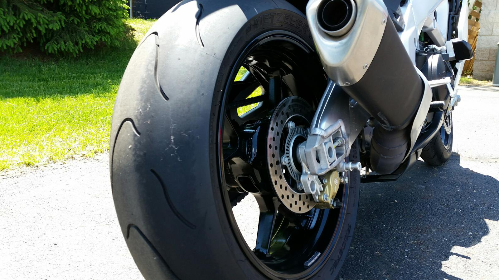 See more photos for this Aprilia RSV4R APRC, 2012 motorcycle listing
