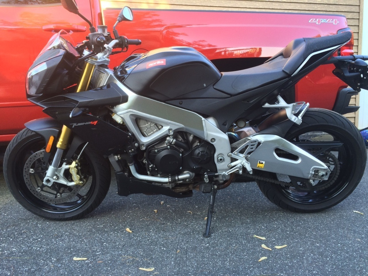 See more photos for this Aprilia Tuono , 2012 motorcycle listing