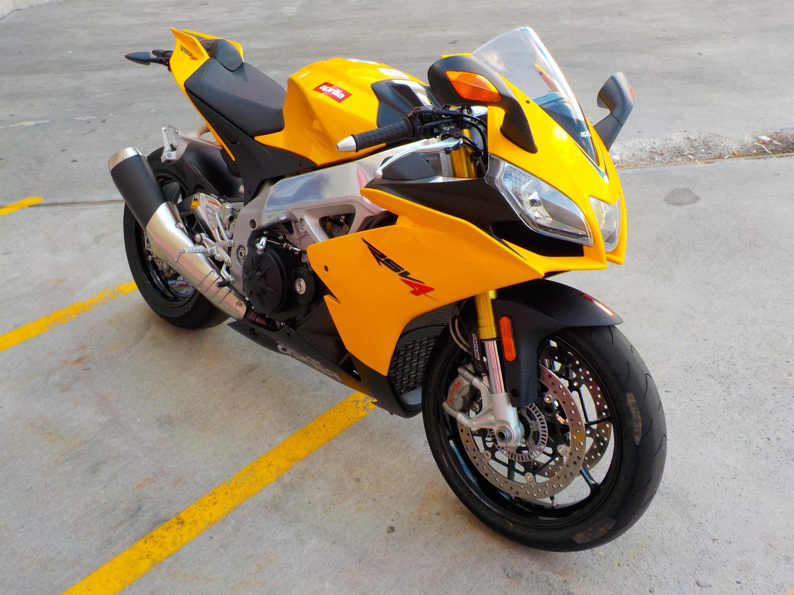 See more photos for this Aprilia RSV4, 2013 motorcycle listing
