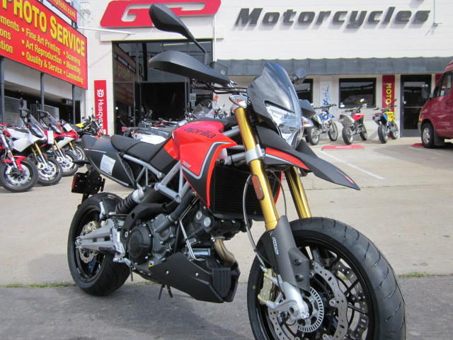 See more photos for this Aprilia Dorsoduro 750 ABS, 2014 motorcycle listing