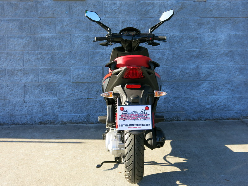 See more photos for this Aprilia SR Motard 50, 2014 motorcycle listing