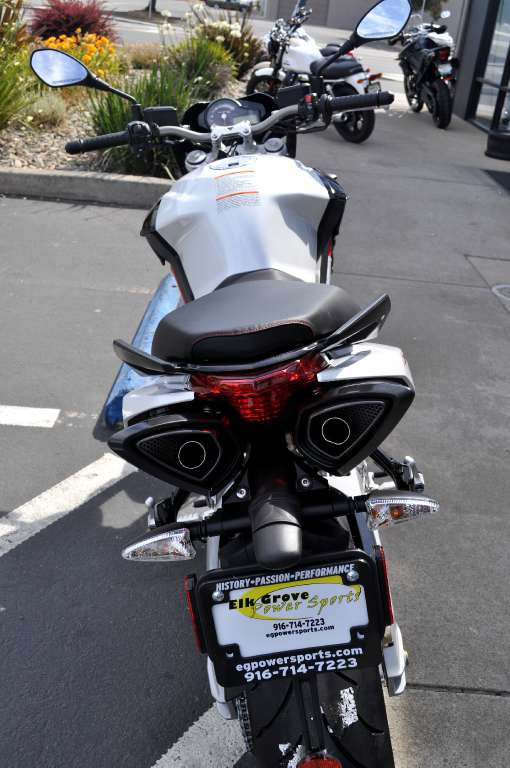 See more photos for this Aprilia Shiver 750, 2014 motorcycle listing