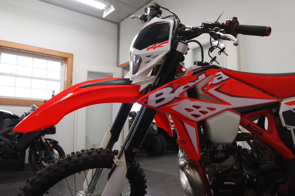 See more photos for this Beta 300 RR 2-Stroke, 2014 motorcycle listing