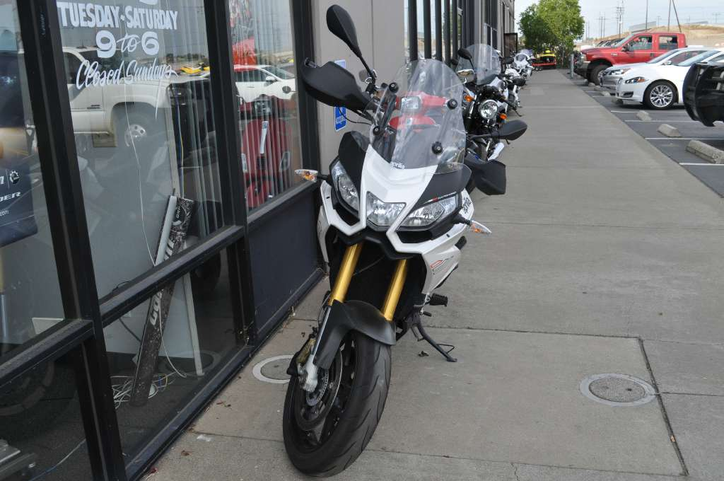 See more photos for this Aprilia Caponord 1200 ABS ADD, 2015 motorcycle listing