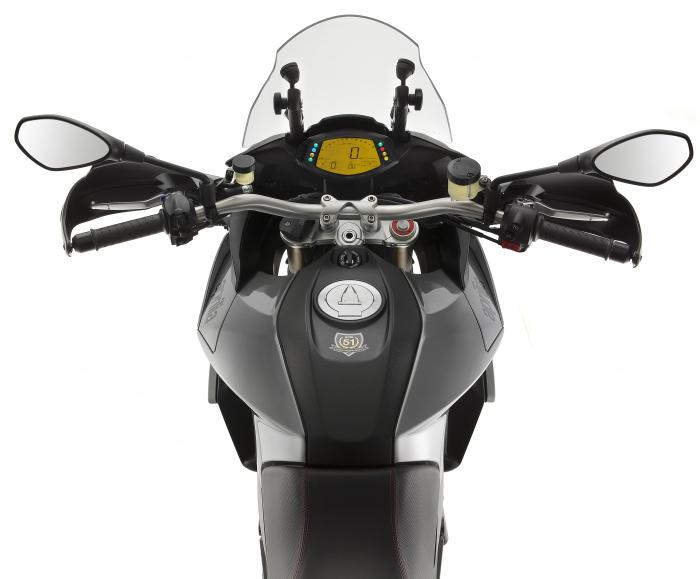 See more photos for this Aprilia Caponord 1200 ABS Travel Pack, 2015 motorcycle listing