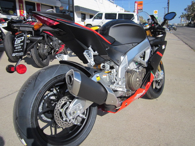 See more photos for this Aprilia RSV4 FACTORY APRC ABS 3.99 Percent Fin!, 2015 motorcycle listing