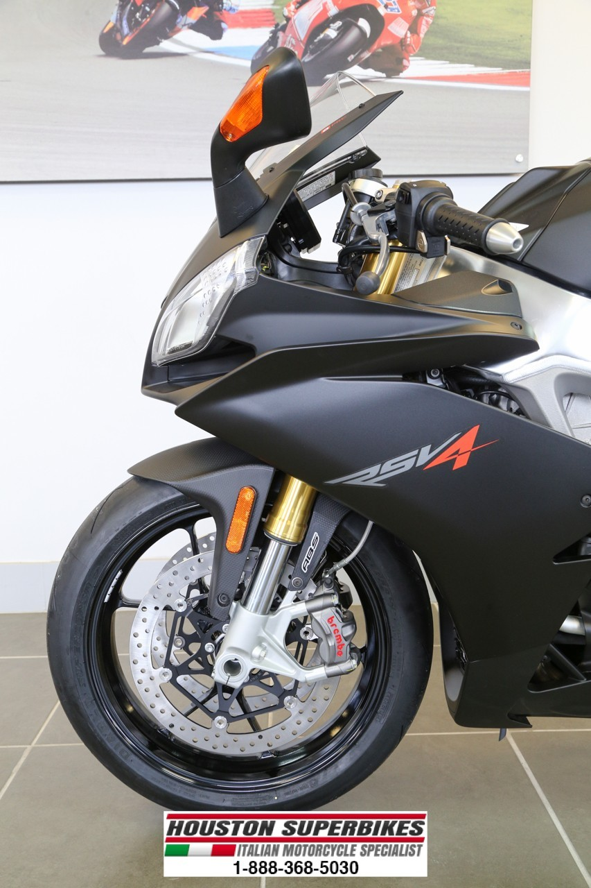 See more photos for this Aprilia RSV4 R APRC ABS 0.99 Percent Interest For 36 Months, 2015 motorcycle listing