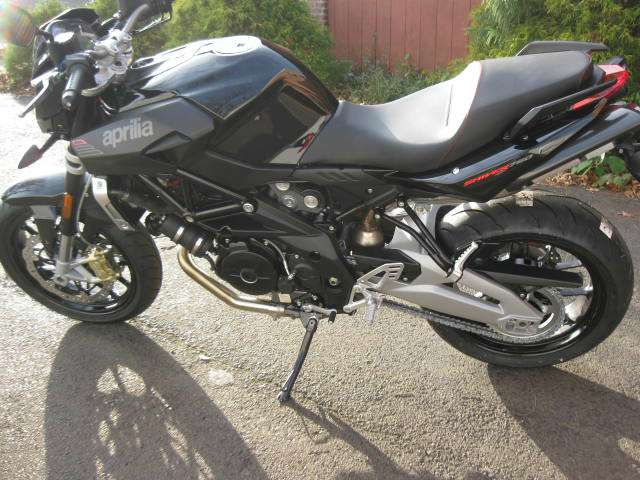 See more photos for this Aprilia Shiver 750, 2015 motorcycle listing