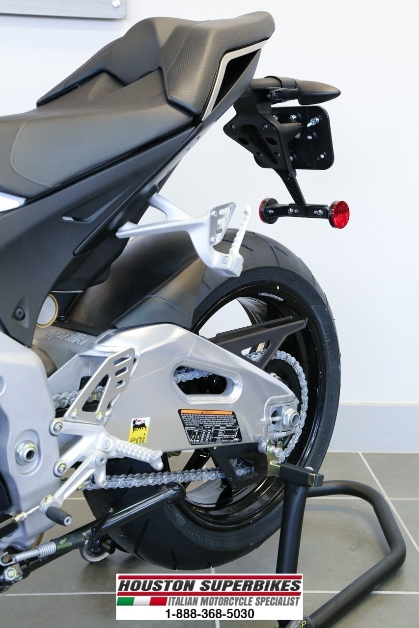 See more photos for this Aprilia TUONO V4 R APRC ABS, 2015 motorcycle listing