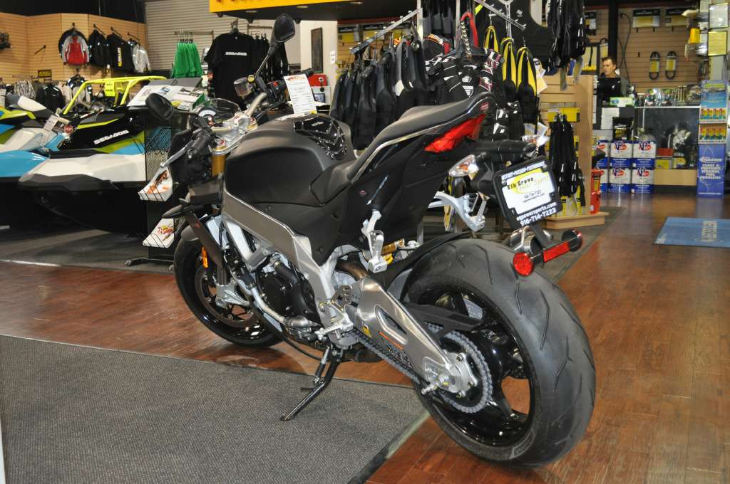 See more photos for this Aprilia Tuono V4 ABS, 2015 motorcycle listing