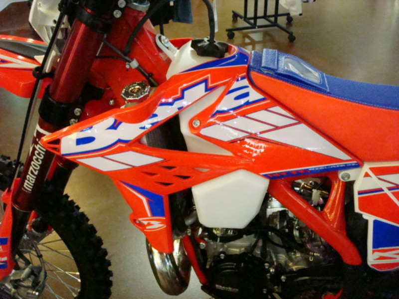 See more photos for this Beta 300 RR Race 2-Stroke, 2015 motorcycle listing