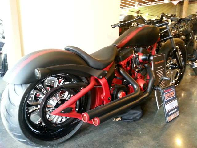 See more photos for this Big Dog Motorcycles Mastiff, 2006 motorcycle listing