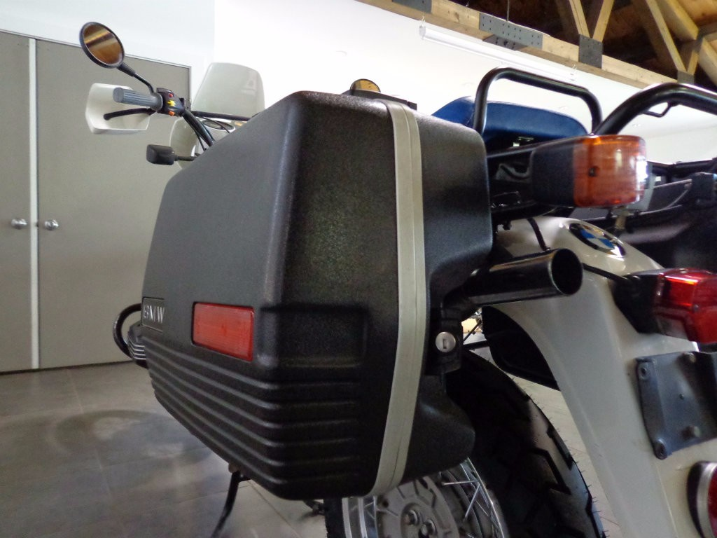 See more photos for this BMW R100GS, 1988 motorcycle listing