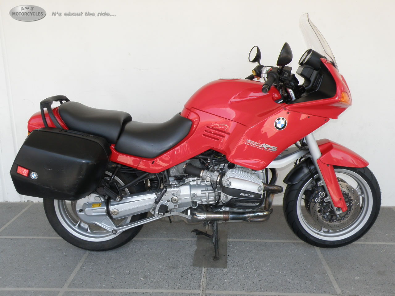See more photos for this BMW R1100RS, 1995 motorcycle listing