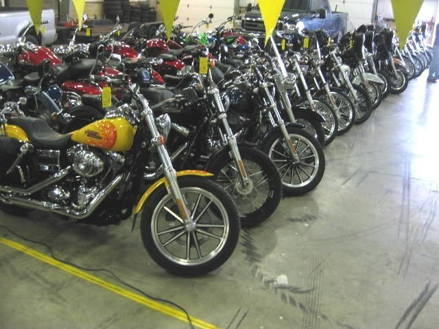 See more photos for this WE BUY BIKES ------  ZG1000 Concours 1000, 1997 motorcycle listing