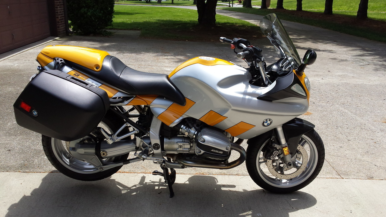 See more photos for this BMW R 1100 S, 1999 motorcycle listing