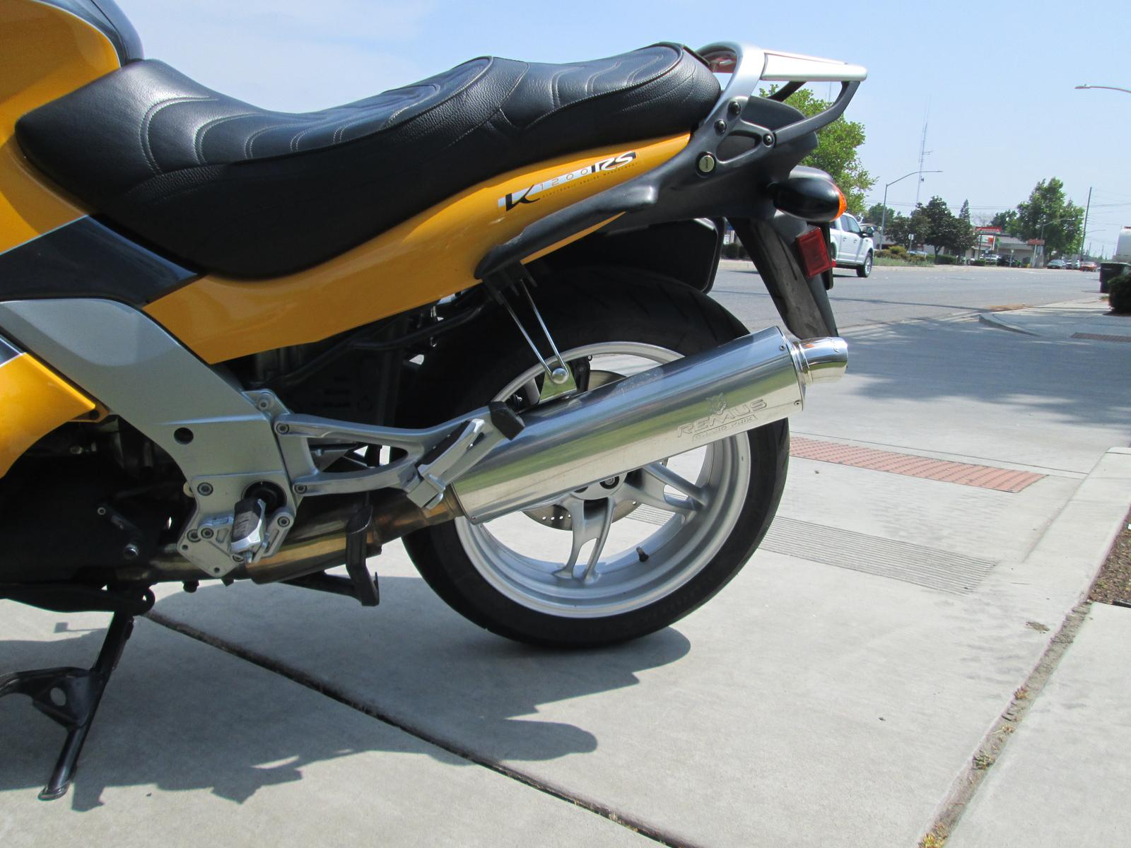 See more photos for this BMW K1200RS, 2000 motorcycle listing