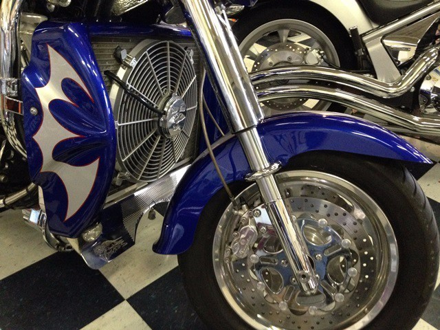 See more photos for this Boss Hoss BHC-3, 2004 motorcycle listing