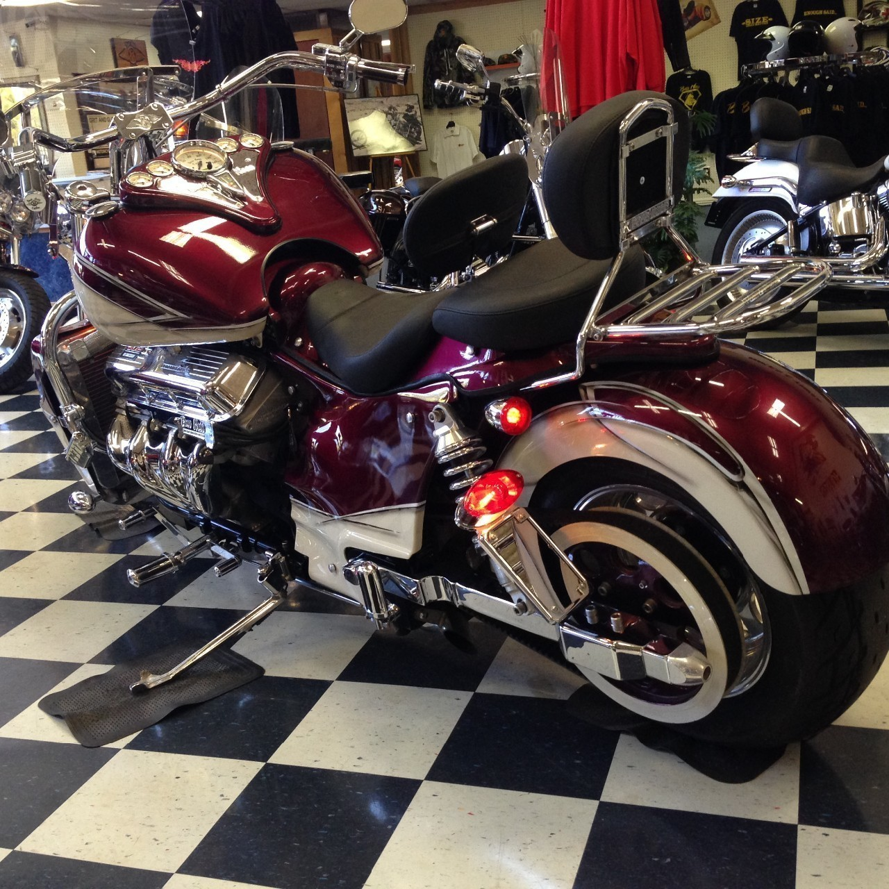 See more photos for this Boss Hoss BHC-3 Big Block 502, 2006 motorcycle listing