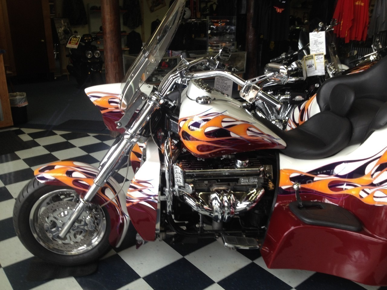 See more photos for this Boss Hoss BHC-9 Sierra Truck Trike, 2009 motorcycle listing