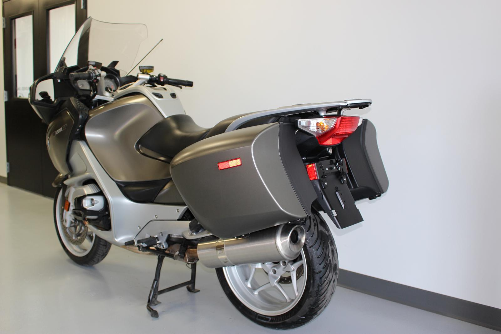 2010 bmw r 1200 rt sport touring motorcycle from de pere wi today. Cars Review. Best American Auto & Cars Review