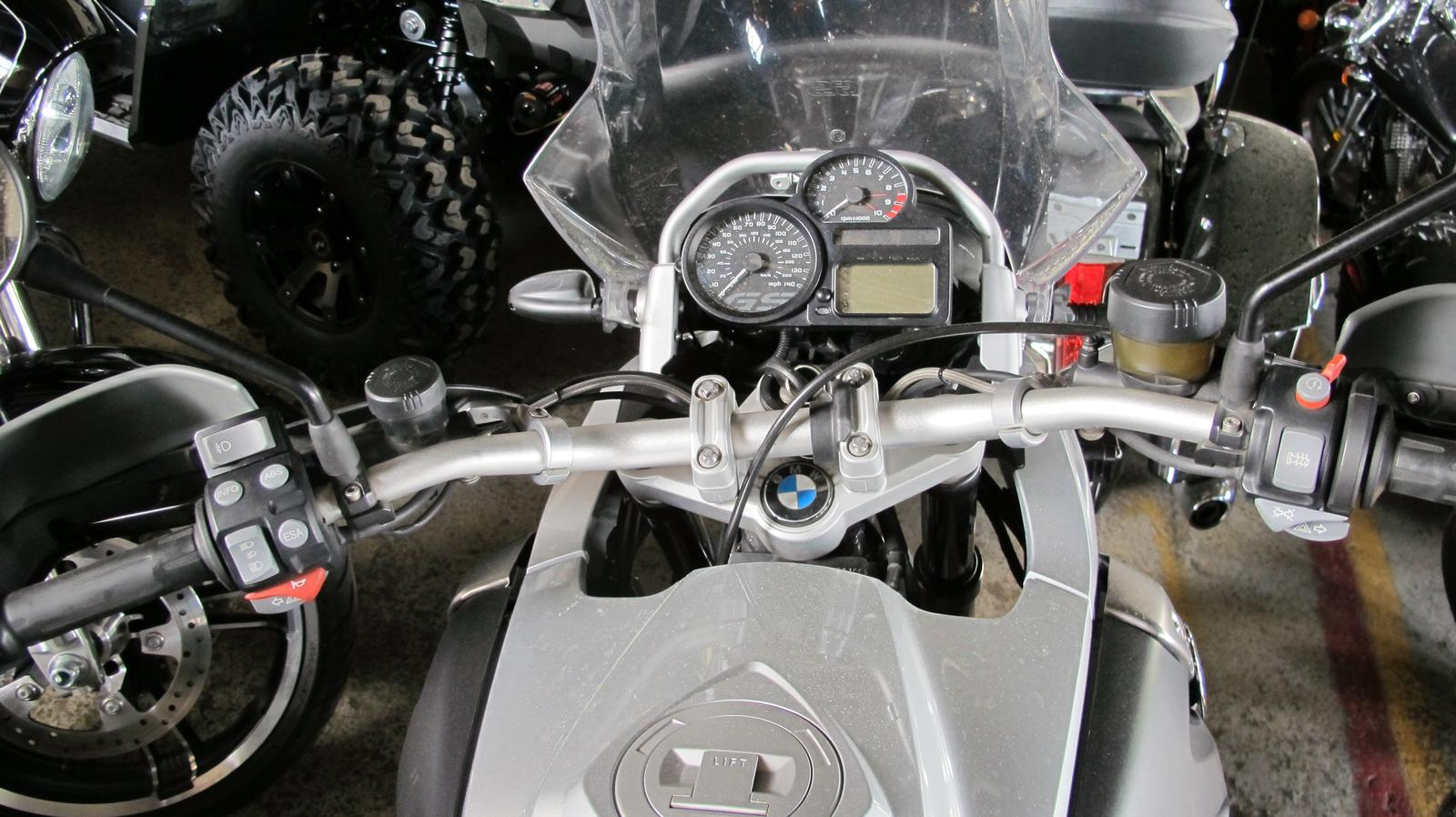See more photos for this BMW R 1200GS PREMIUM, 2012 motorcycle listing
