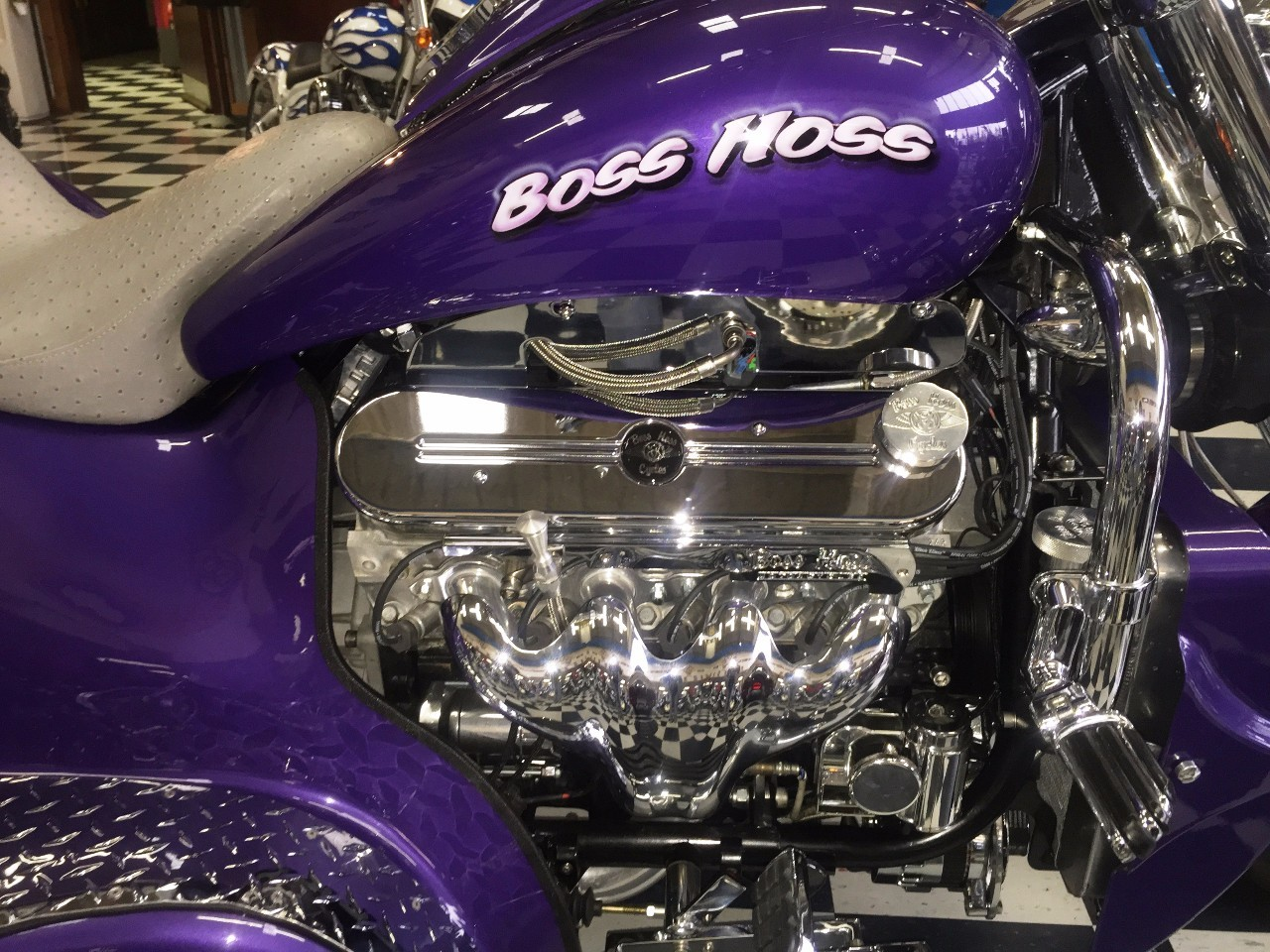 See more photos for this Boss Hoss LS300 GANGSTA , 2014 motorcycle listing