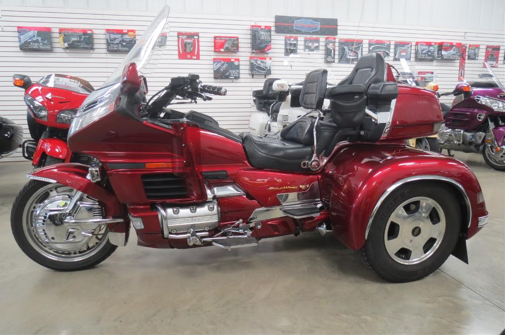 See more photos for this California Side Car GL1500 C.S.C Trike, 1998 motorcycle listing