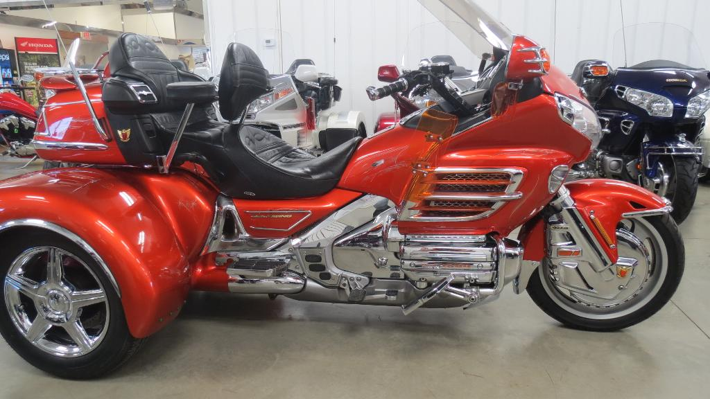 See more photos for this California Side Car GL1800 C.S.C.Trike, 2003 motorcycle listing