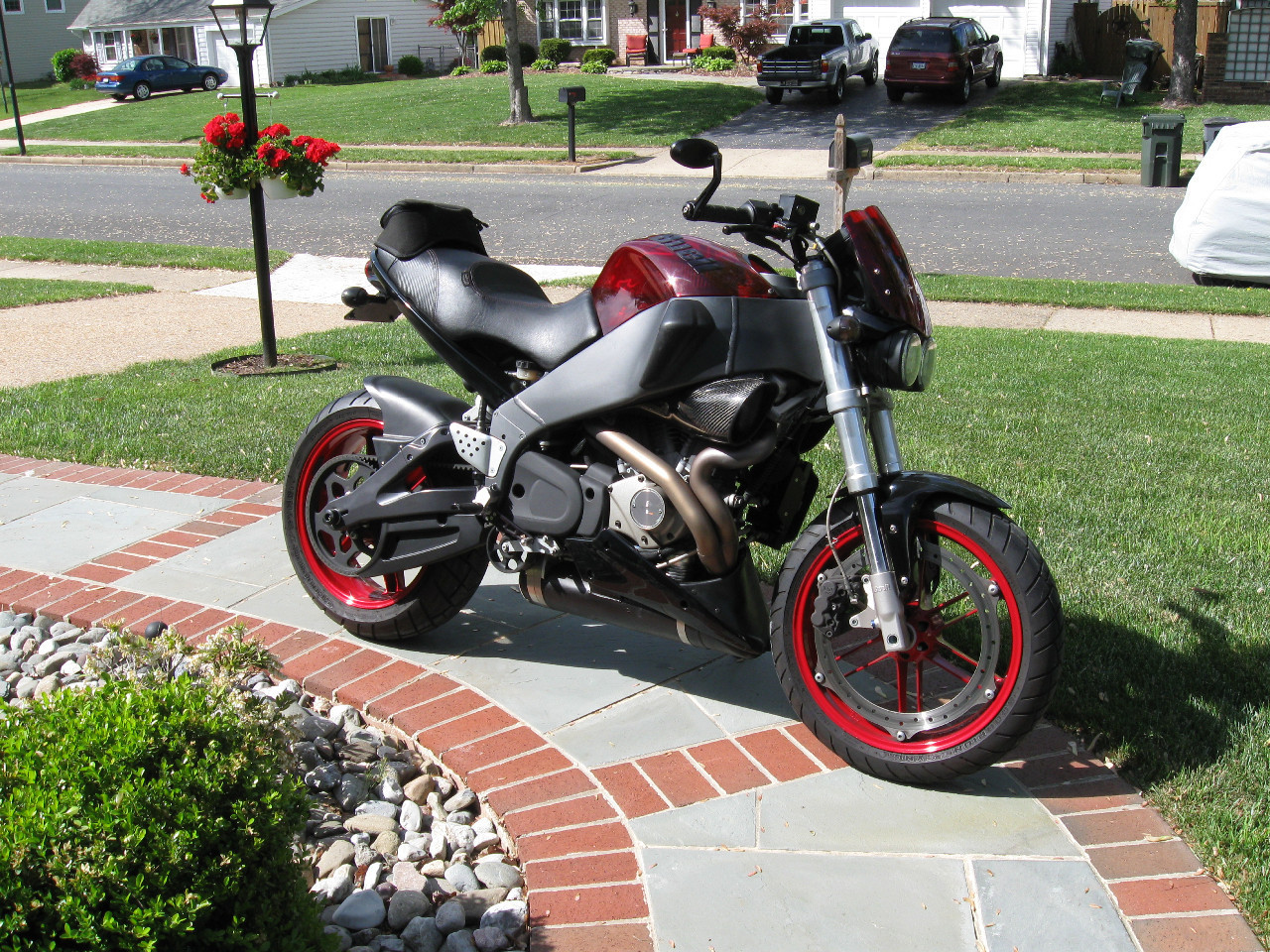 See more photos for this Buell Lightning , 2007 motorcycle listing