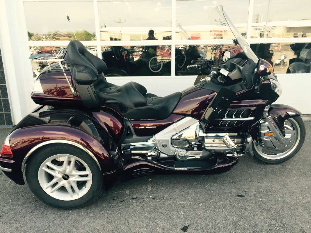See more photos for this California Side Car GL1800 Cobra, 2007 motorcycle listing