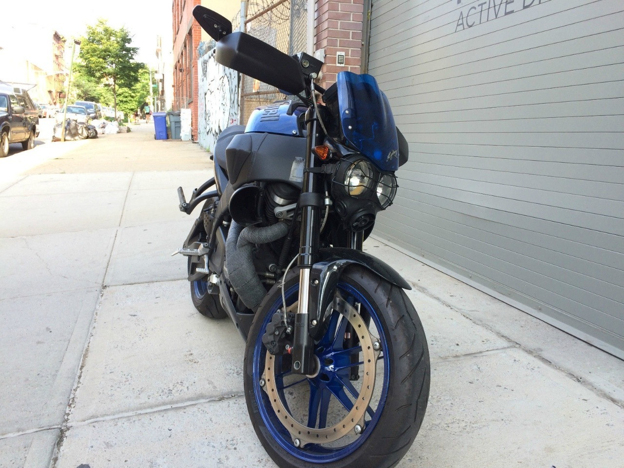 See more photos for this Buell Lightning CITYX XB9SX, 2009 motorcycle listing