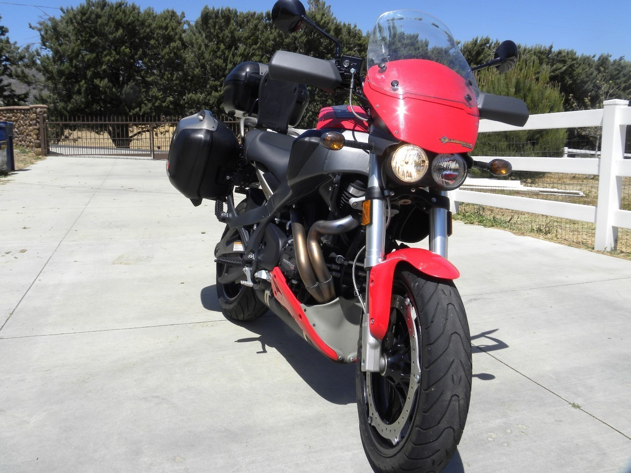 See more photos for this Buell Ulysses XB12XT, 2009 motorcycle listing