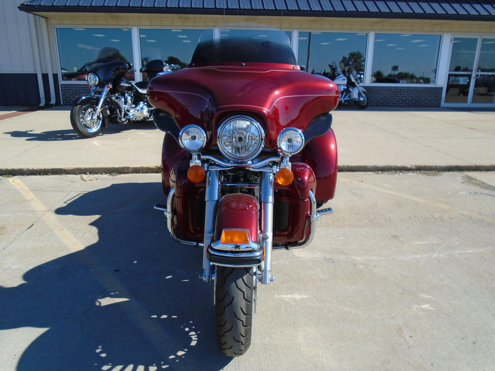 See more photos for this California Sidecar FLHTCU - ULTRA CLASSIC, 2009 motorcycle listing