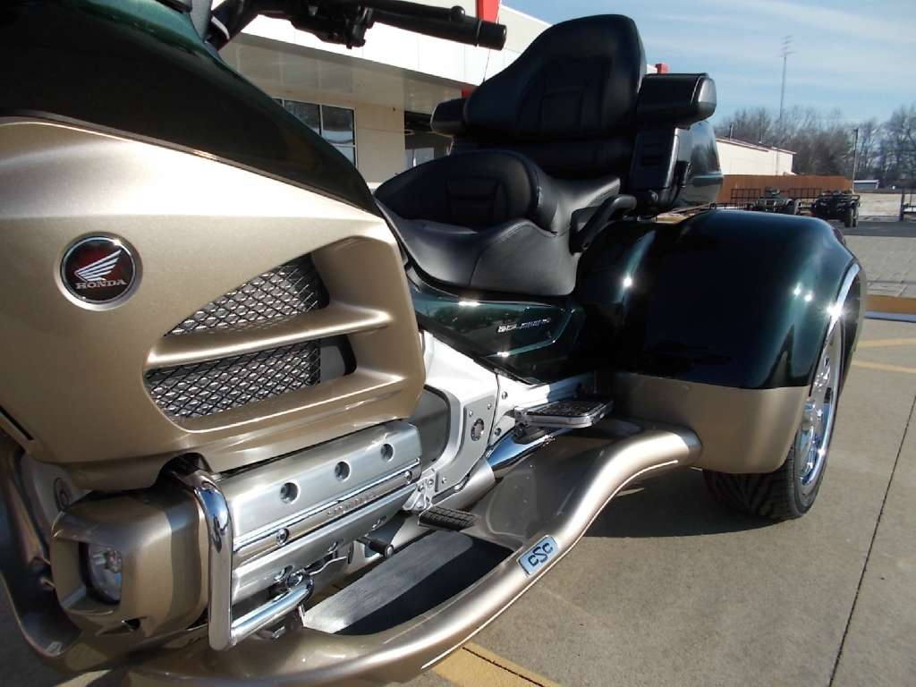 See more photos for this California Side Car Cobra, 2014 motorcycle listing