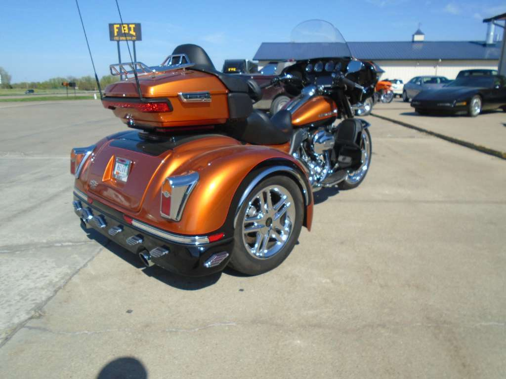 See more photos for this California Side Car Daytona, 2014 motorcycle listing