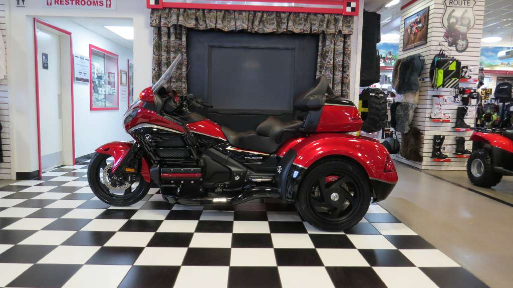 See more photos for this California Side Car /Honda GL1800-Viper Trike, 2015 motorcycle listing