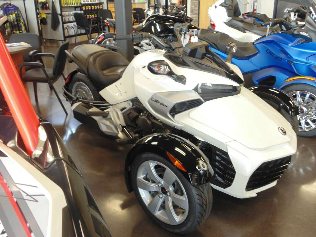 See more photos for this Can-Am Spyder F3 SM6, 2015 motorcycle listing