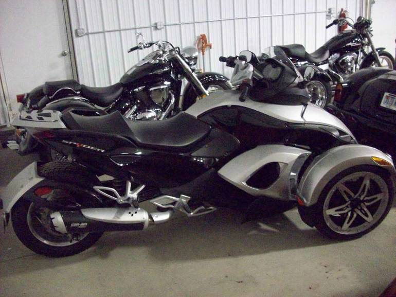 See more photos for this Can-Am Spyder GS (SM5), 2008 motorcycle listing