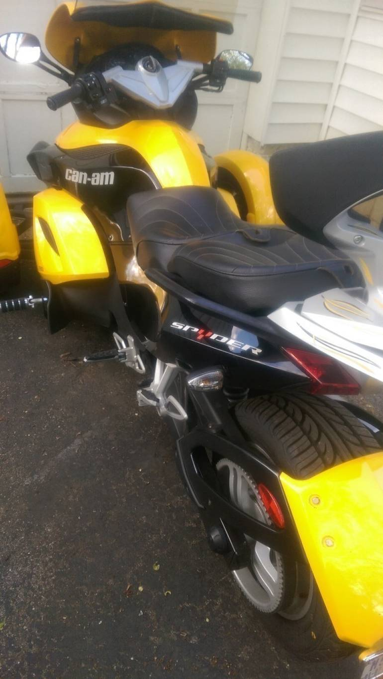 See more photos for this Can-Am Spyder RS SE5, 2008 motorcycle listing