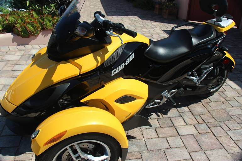 See more photos for this Can-Am Spyder , 2008 motorcycle listing