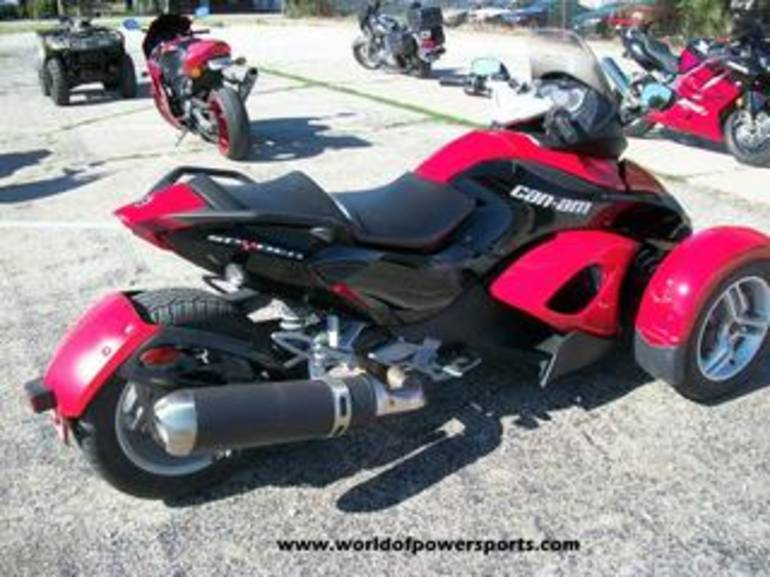 See more photos for this Can Am RS SM5, 2009 motorcycle listing