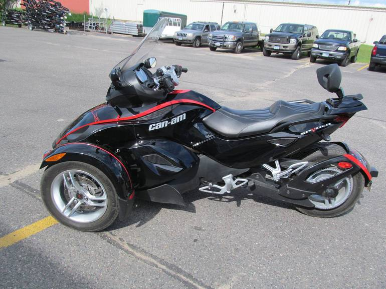 See more photos for this Can-Am SPYDER GS SE5, 2009 motorcycle listing