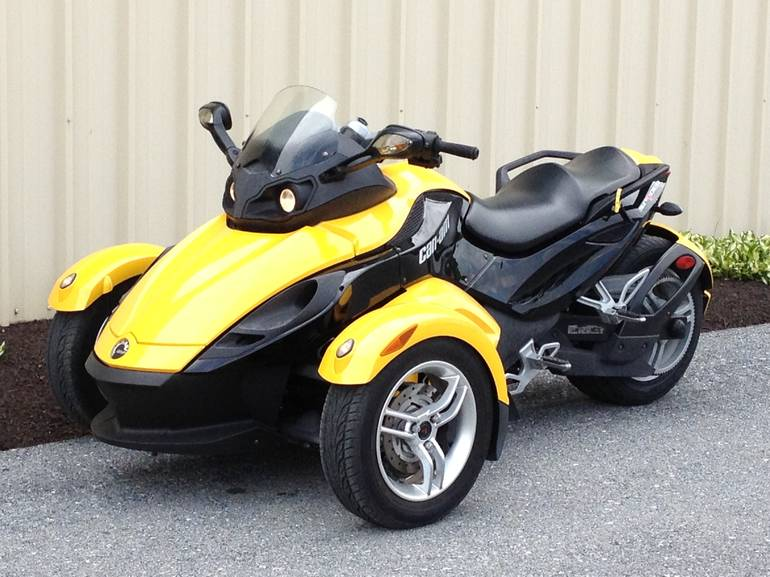 See more photos for this Can Am Spyder RS SE5, 2009 motorcycle listing