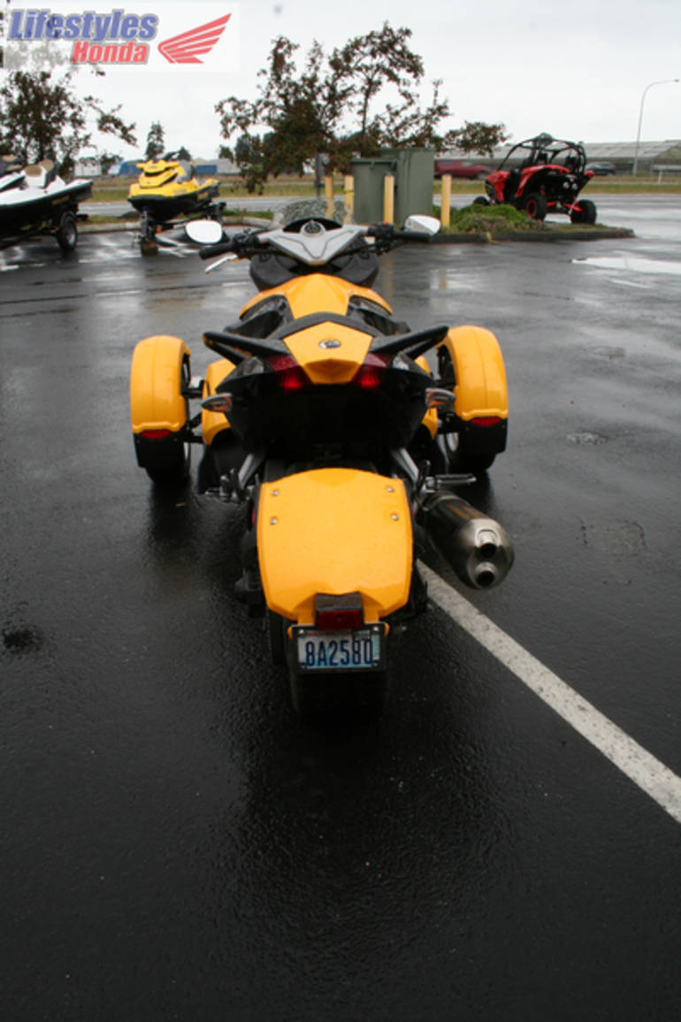 See more photos for this Can-Am Spyder Roadster SM5, 2009 motorcycle listing